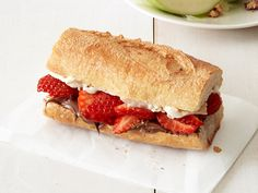If you're looking for a decadent breakfast sandwich, look no further. This week's Most Popular Pin of the Week, Food Network Magazine's Nutella-Berry Bague