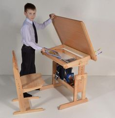 Cute Furniture, School Furniture, Furniture Upholstery, Home Decor Furniture, Pallet Furniture, Furniture Design, Kids Table And Chairs, Kid Table, 3d Cnc