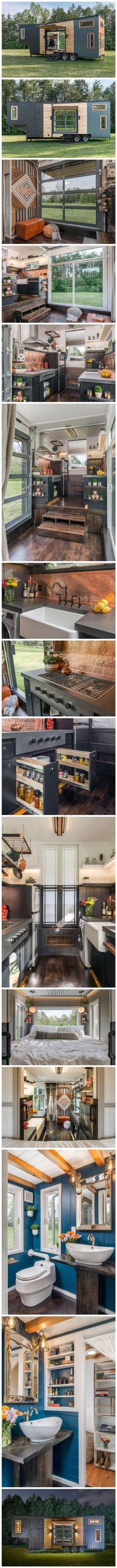 Avec des couleurs vives, cette petite maison fait rêver... Pour moi parfaite en plus d'une cuisine à faire rêver!!!