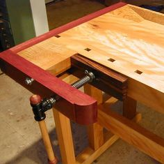 Frank Klausz Workbench Seeking to find ideas in relation to working with wood? http://www.woodesigner.net has these!