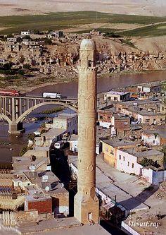Discover the world through photos. Turkey Photos, Turkish Delight, The Province, Wonderful Places, Iran, Batman, World, Amazing, Travel