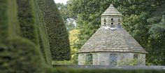 What is a Dovecote? - Robinson Garden