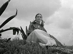 Frida Kahlo, 1930