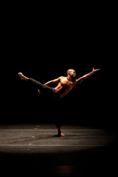 Vernard J. Gilmore in Aszure Barton's 'LIFT.' Photo by Pierre Wachholder From Alvin Ailey American Dance.