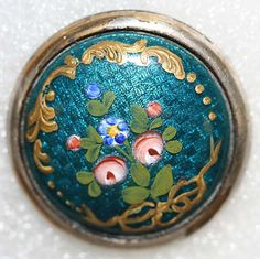 ca 1880 French hand painted domed enamel set in metal button. Cool Buttons, Metal Buttons, Vintage Buttons, Button Art, Button Crafts, Look Vintage, Vintage Items, Crafts Beautiful, Sewing Accessories