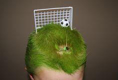 haha neat! crazy hair day!
