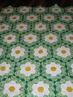Coming Up Daisies Hexagon Quilt by DKC22, via Flickr