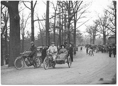 Motorcyclists and sidecars, High Park, Toronto, 1904 Toronto City, Toronto Canada, Old Photos, Vintage Photos, Vintage Stuff, Park Pictures, Family Pictures, Canadian History, Vintage Classics