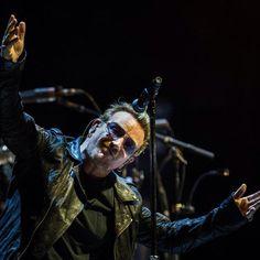 #Bono last night in Montreal #U2ieTour #U2 @U2 (ph. dario Ayala / Montreal Gazette)