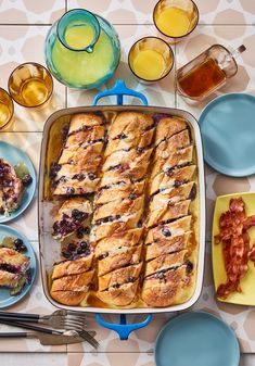 Blueberry and Mascarpone-Stuffed French Toast Casserole Bust out the maple syrup! It's the only addition needed to take this stuffed French casserole to decadent brunch perfection. Make Ahead Breakfast, Breakfast Dishes, Breakfast Casserole, Breakfast Recipes, Breakfast Ideas, Brunch Ideas, Perfect Breakfast, Overnight Breakfast, Breakfast Bake