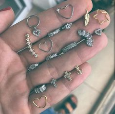 Discover recipes, home ideas, style inspiration and other ideas to try. Jewelry Tattoo, Ear Jewelry, Cute Jewelry, Body Jewelry, Jewelery, Jewelry Accessories, Cute Ear Piercings, Body Piercings, Piercing Tattoo