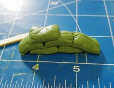 Sandbags – how to… – RohoAlaye Miniatures and Modelling Warhammer 40k, Figurine Warhammer, Warhammer Terrain, 40k Terrain, Game Terrain, Haunted Dollhouse, Sand Bag, Modeling Techniques, Wargaming Terrain