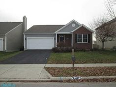 Nice family #HotListing in #Columbus || Great deal on this amazing property in popular Williams Creek. You won't believe the condition of this 3 bedroom, 2 full bath home with an open floor plan and HUGE basement with full bath. Endless possibilities in the basement that even has a gas line run for a fireplace. Don't miss this hard to find ranch with full basement. Great size for young couple or older couple downsizing. Basement gives you flexibility to add hundreds of sq ft of living space.