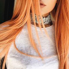 Kylie Jenner peach hair