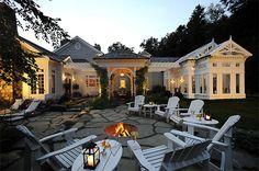 Backyard, outdoor fire pit