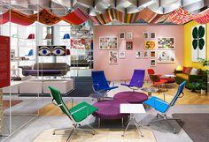 Alexander Girard Miller Asia Pacific Tokyo, Japan Store Eames Aluminum Group in a rainbow of colors Alexander Girard, Tokyo Design, Learning Spaces, Japanese Design, Mid Century Modern Design, Modern Graphic Design, Herman Miller, Apartment Living, Surface Design
