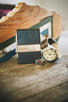 Groomsmen gifts with a touch of class from @weddingchicks http://www.weddingchicks.com/2015/04/28/gifts-for-groomsmen/