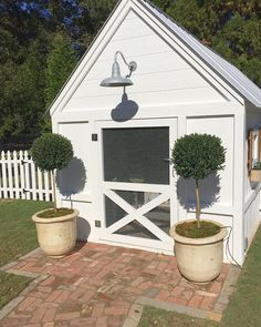 Cutest little chicken coop I ever did see. #miltontourofhomes #farmhouse #chickencoop