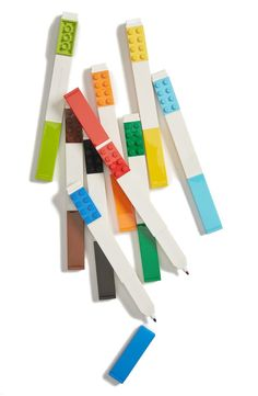 How cool is this set of markers that are topped with brightly colored LEGO tiles?