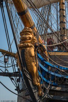 """Göta Leo"" – The Lion Figurehead on The Swedish Ship Gotheborg"