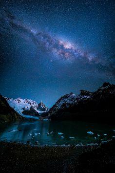 tulipnight:  Laguna Torre under the Night Sky byJonathan Zhang
