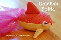 (9) Name: 'Sewing : Goldfish