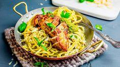 Pasta med saftig kylling og hjemmelaget pesto