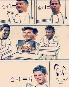 Funny Football Memes, Sports Memes, Soccer Humor, Messi Vs Ronaldo, Lionel Messi, Cr7 Junior, Messi Soccer, Funny Sports Pictures, Fc B