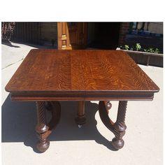 Antique Colonial Revival Quartersawn Oak Dining Table #https://www.pinterest.com/munlimited/ #materialsunlimited #artsandcraftshome