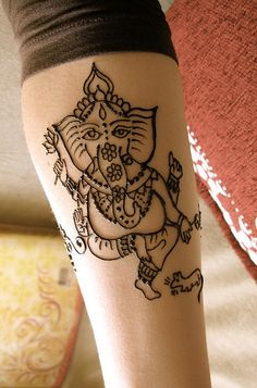 Mehndi Ganesh by HennaLounge via flickr