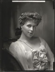 Crown Princess Marie of Romania, born Princess Marie of Edinburgh and later she would become Queen Marie of Romania. by Linnea-Rose Michael I Of Romania, History Of Romania, Romanian Royal Family, Royal Life, Queen Mary, Royal Jewels, Ferdinand, Queen Victoria, Rey