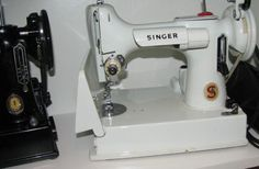 Lucy's White Singer Featherweight