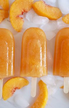 Ginger Peach Tea Popsicles Enjoy sweet tea straight from the freezer! My Ginger Peach Tea Popsicles will keep you refreshed with real fruit and all natural ingredients. Frozen Meals, Frozen Desserts, Ice Ice Baby, Peach Popsicles, Jello Popsicles, Baby Popsicles, Homemade Popsicles Healthy, Ginger Peach, Ice Cream Treats