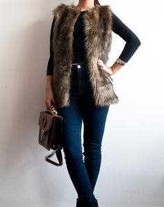 Ana's Crafty Corner: Vesta de blanita artificiala ♡ Ana's Crafty Corner: Faux fur vest ♡