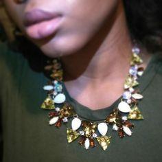 "#BijouQueens slay !  Wearing ""Graceful Triangle Necklace "" ✨www.bijouimports.com✨ #bijouimports #Bijou #BijouQueen #slay #jewerlyaccessories #fashion #accessories #fashionaccessories #online #eboutique #jewelry #atlanta #virginhair #IndianVirginHair #melanin #tbt #thursday"