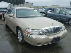 2004 #LINCOLN #TOWN CAR E 4.6L 8 for Sale at Copart Auto #Auction. Place Your Bid Now.