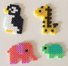 Animals made of iron beads - fun ideas for a small zoo crafts crafts crafts para vender crafts Perler Bead Designs, Easy Perler Bead Patterns, Melty Bead Patterns, Perler Bead Templates, Hama Beads Design, Diy Perler Beads, Beading Patterns, Peyote Patterns, Bracelet Patterns