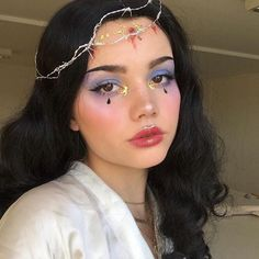 cute aesthetic makeup Crown of Thorns by the multi talented and most gorgeous florenceros.e (we her style) wearing Vivienne Makeup Goals, Makeup Inspo, Makeup Art, Makeup Inspiration, Beauty Makeup, Hair Makeup, Makeup Ideas, Cute Makeup, Pretty Makeup