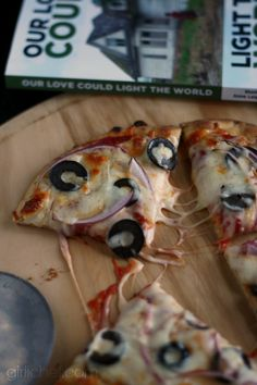 Onion and Black Olive Naan Pizza inspired by Our Love Could Light the World