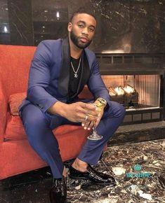 styles i'll actually wear в 2019 г. mens suits, wedding men и mens Gorgeous Black Men, Handsome Black Men, Beautiful, Navy Blue And Gold Suit, Black Men In Suits, Mens Fashion Suits, Mens Suits, Wedding Men, Man Style