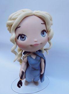 Personagem Daenerys  16cm de altura  *escultura em biscuit.