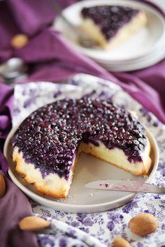Les visitandines sont des petits gâteaux individuels à base de blancs d'oeufs et de poudre d'amandes originaires de Nancy. Un cousin du financier en quelqu