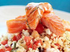 Bulgur Wheat and Chickpea Salad Bulgur Salad, Chickpea Salad, Norwegian Food, Norwegian Recipes, Risotto, Seafood, Bbq, Healthy Eating, Dinner