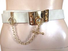 NEW WHITE GOLD COLOR BELT TOGGLE CHAIN FAUX LEATHER WOMENS SZ S/M SMALL MEDIUM #Unbranded