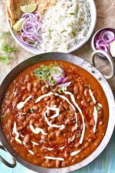 rajma masala recipe for rice Paneer Recipes, Veg Recipes, Indian Food Recipes, Vegetarian Recipes, Cooking Recipes, Baigan Recipes, Vegetarian Curry, Curry Recipes, Easy Cooking