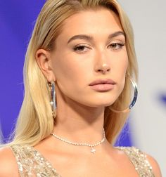 From million dollar chokers courtesy of Nicki Minaj (obviously) to statement earrings styled to perfection on Hailey Baldwin, take a look at the standout jewellery moments at the 34th Annual MTV Video Music Awards.  Read the edit…