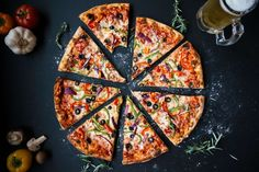 This article looks at the world famous delicacy : pizza. Millions of people worldwide enjoy pizza everyday.Pizza is a delicious meal. Pizza should not be consumed daily though. Pizza is not a very healthy food option. Charcuterie Raclette, Healthy Soup Recipes, Pizza Recipes, Bread Recipes, Dinner Recipes, Eat Healthy, Dessert Recipes, Healthy Pizza, Gluten Free Pizza