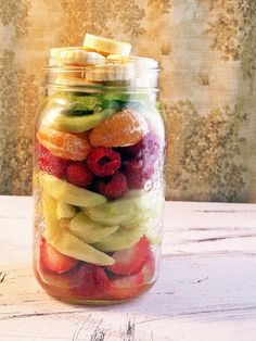 Fruitilicious Fruit Salad in a Jar - 12 Brand New Salads in a Jar | GleamItUp