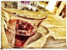 #synchroonkijken dag 6, rood Rode wijn in een late middagzon