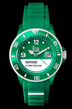Ice-Watch PANTONE UNIVERSE™ - Emerald White - Unisex (PAN.BC.EMW.U.S.13)
